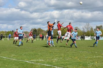 Seabourne & Lemon try to get in front of Wardle in the away goal - courtesy of David Rawlings