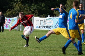 Morris shoots celebrate vs Inkberrow - courtesy of Mathew Mason
