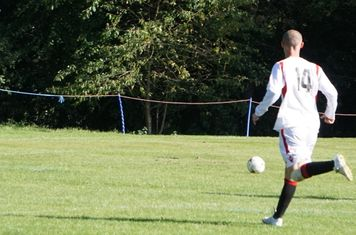 Burgess through on goal vs Fairfield Villa (A) photo courtesy of Mathew Mason