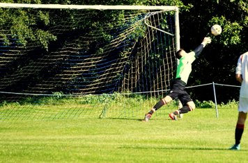 Oliver makes a save vs Fairfield Villa (A) photo courtesy of Mathew Mason