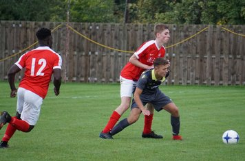 Dan Cottrill holds up the play vs Pegasus Juniors (A) FA Vase 1QR - photo courtesy of Mathew Mason