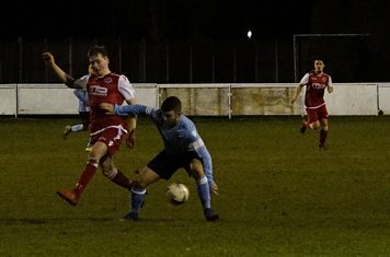 Haydn Morris v Hampton (H) - photo courtesy of Mathew Mason