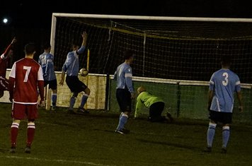 Matty Hunt (far right) heads home v Hampton (H) - photo courtesy of Mathew Mason