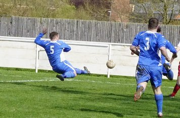 desparate Town defending to stop Seabourne's cross  v Bloxwich Town (H) photo courtesy of Mathew Mason