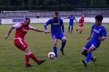 Andy Crowther v Redditch Boro' (H) - photo courtesy of Mathew Mason