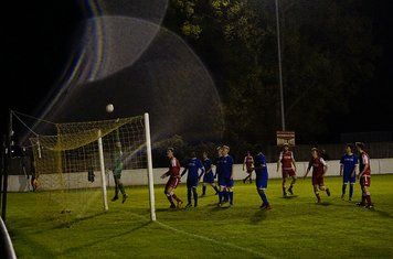 The Boro 'keeeper tips this Spa effort over v Redditch Boro' (H) - photo courtesy of Mathew Mason