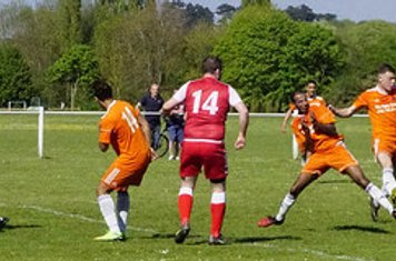 Dan Cottrill notches his 1st Droitwich goal v Montpellier (H @kgpf) -photo courtesy of Mathew Mason