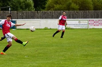 Jack Davies vs Old Wulfs (H) photo courtesy Mathew Mason