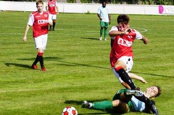 Jonny Brookes vs Coventry United - photo courtesy of Mathew Mason