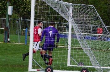 Matty Hunt scores the winner