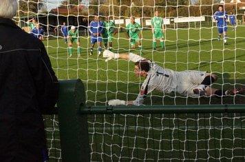 Penalty goes wide.