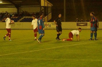 ......free kick on edge of area.Lee claims the ball......