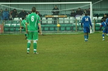THAMESMEAD PENALTY PUT AWAY.-----2-1.