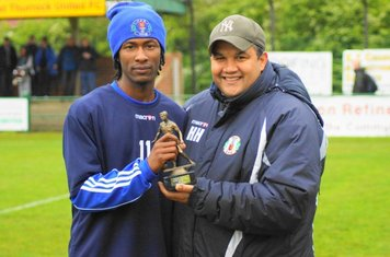 CLUBS  PLAYER OF THE YEAR PRESENTATION TO JOAO CARLOS BY HAKAN.
