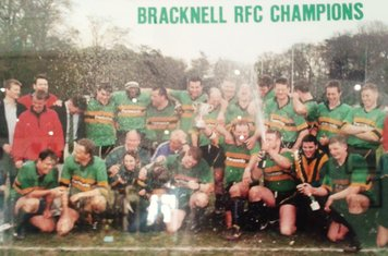 1998/99 - Champions National Division Three (South)