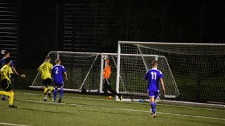 Halesowen beat Worcester City U18s at the rain soaked Dell