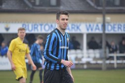 Rampant Robins take advantage of 5 minute madness to take opening day honours