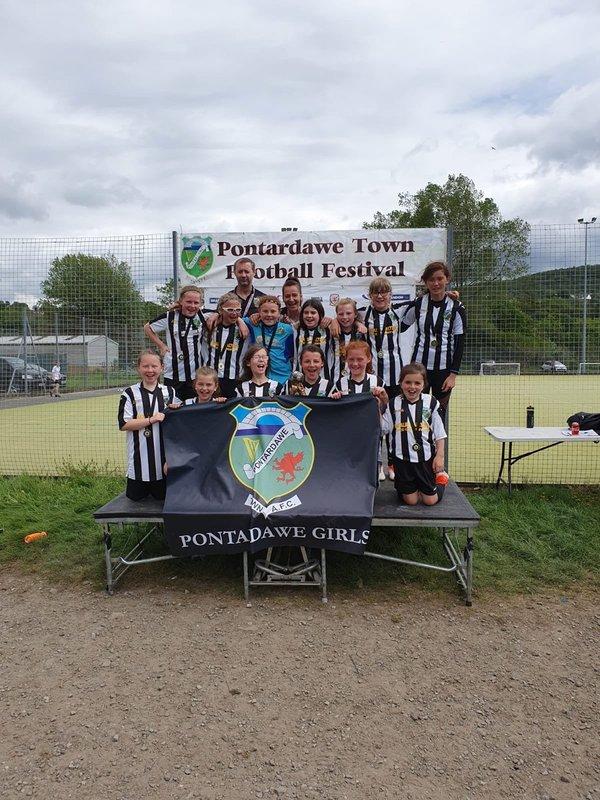 Pontardawe Town Girls U12s - Champions