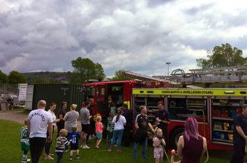 Saturday - Pontardawe Fire Brigade having a great time