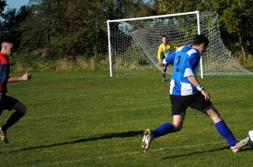 Chris Ayris bearing down on goal.