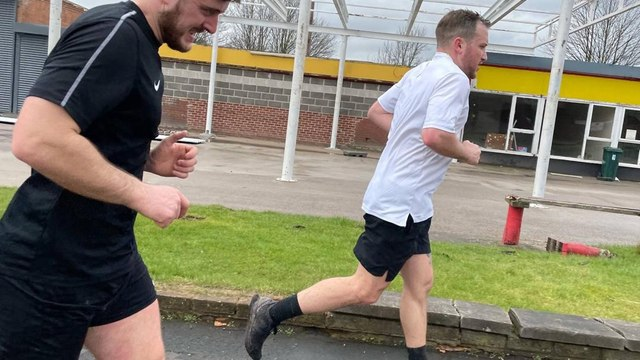 Four of our players ran a marathon in memory of  supporter, sponsor and friend, Dave Cooper.
