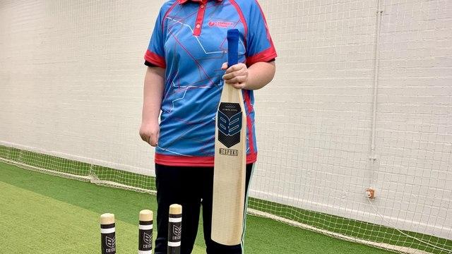 B3 Cricket Build Bespoke bat for Disabled Cricketer