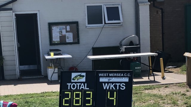 Coggeshall cricket clubs first all-girls match.