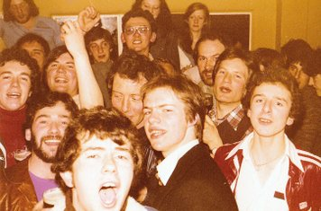 Singing and drinking in the Old Clubhouse after the Old Boys XI v The School match 13/5/1977 (no school boys were injured during or after the event!).