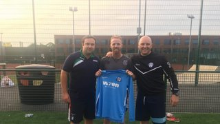 Swans Sign Grimsby Legend Disley