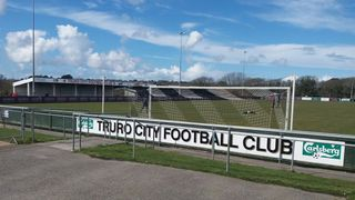 Truro City 1 East Thurrock United 2 (07.04.2018)
