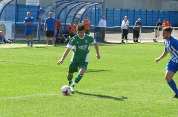 Jack Wightwick dribbling into the box.
