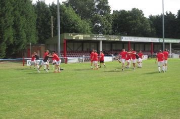 Lincoln United warming up.