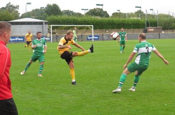 Rob Norris in action for Loughborough Dynamo.