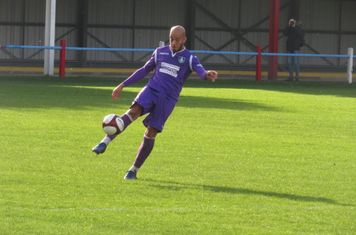 Rhys Thompson in action for Kidsgrove Athletic.