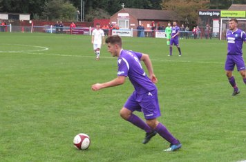 Alex Morris in action for Kidsgrove Athletic.