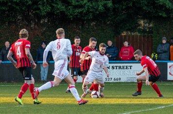 Kallum Smith running at the defence.