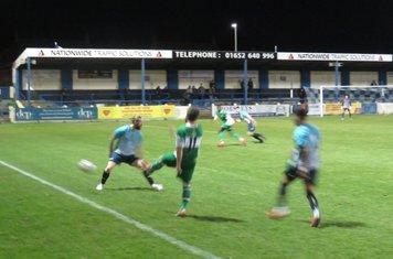 Kallum Smith passing down the line.
