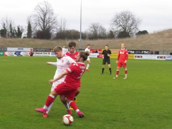 Sam Tingle winning a free kick.