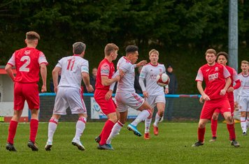 Reon Potts in action for Lincoln United.
