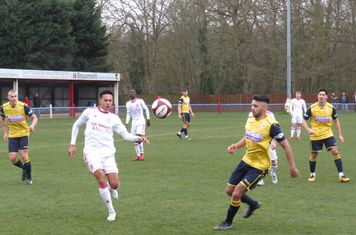 Reon Potts and Nyle Blake in action.