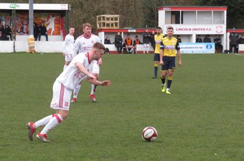 Jack Turnbull about to send a long ball forward.