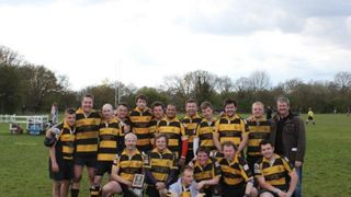 4s Win the Plate