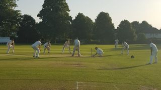 2s cling on for the draw