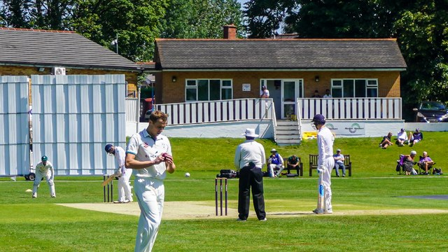 HALESOWEN COMPLETE SIGNING OF WORCESTERSHIRE CCC'S CHARLIE MORRIS