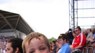 Minis @ The Stoop (2011)