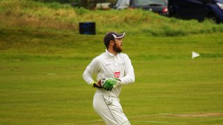 1st XI Go Top After Holmfirth Victory