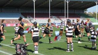Farnham Girls provide guard of honour for Harlequins Women