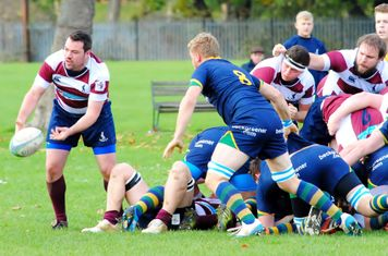 Ollie distributes from the back of the scrum