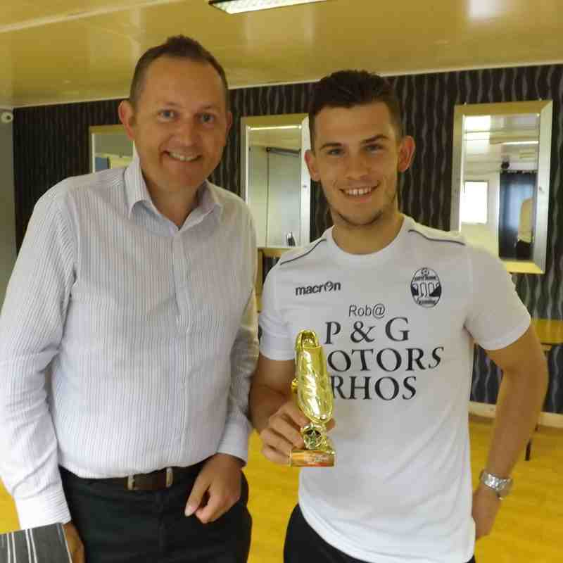 Leading Goalscorer Lewis Jones receives his award