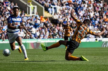 Fraizer Campbell nets the opener